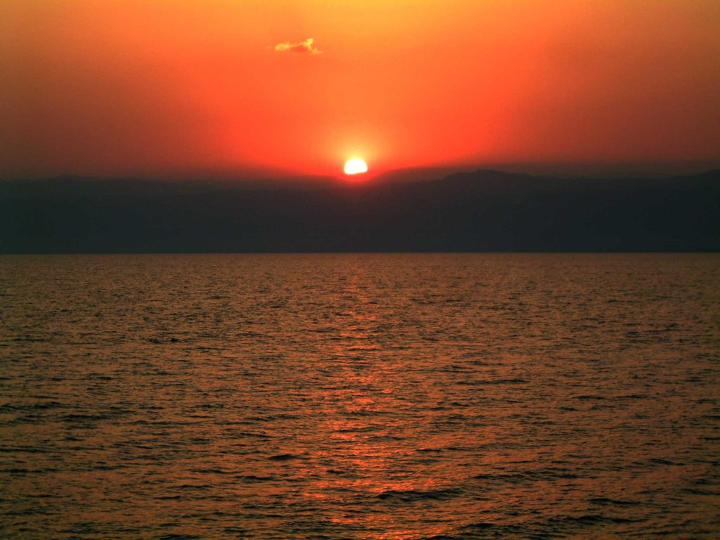 017 2005-10-11 Sunset over the Dead Sea